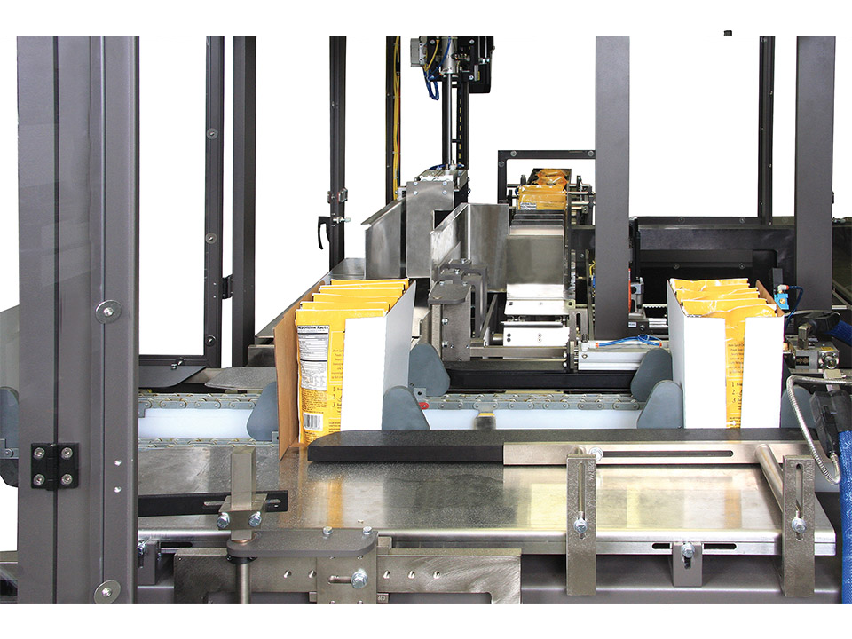 Flexible Case Packer - M2000 - Side Load Case Packers